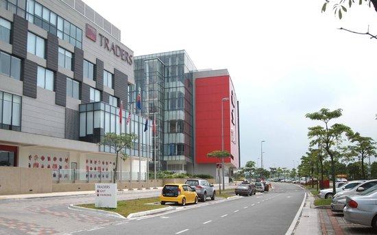 Ample Parking Picture Of Hotel Jen Puteri Harbour Johor Johor