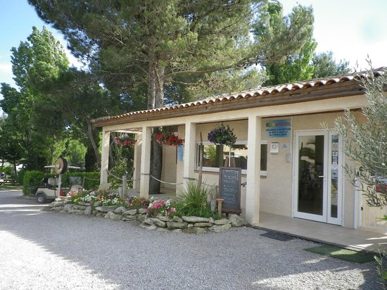 Camping Le Botanic : acceuil du camping