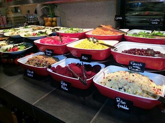 Brek: il buffet delle insalatone