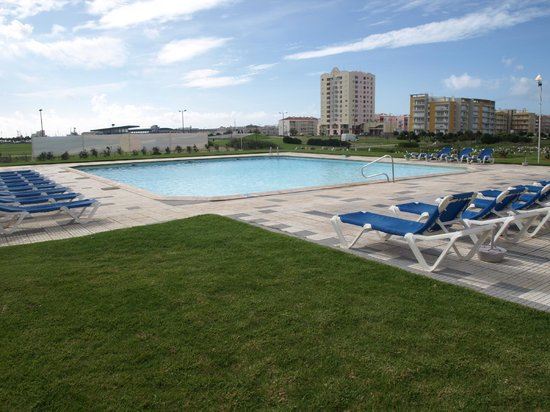Hotel Soleil Peniche: Piscina exterior
