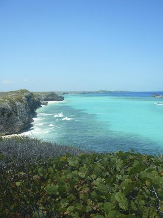 Middle Caicos: view from Mudjin Harbor