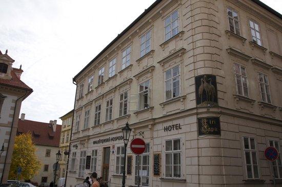 hotel dum praga: