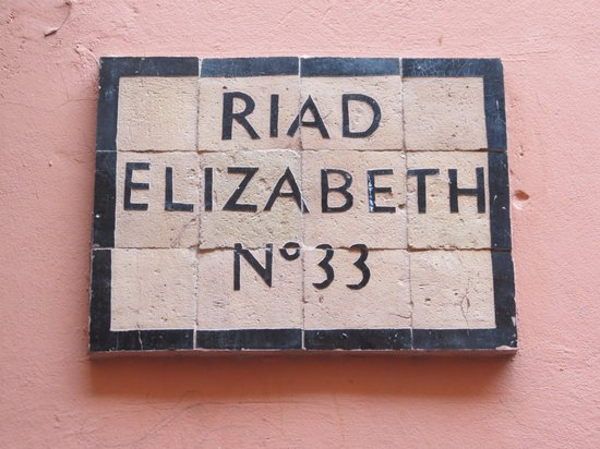 Riad Elizabeth : In case you got lost !!!