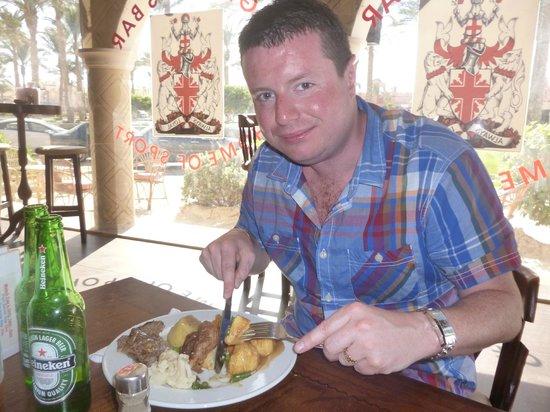 St George's Bar : Sunday roast dinner...yum yum :)