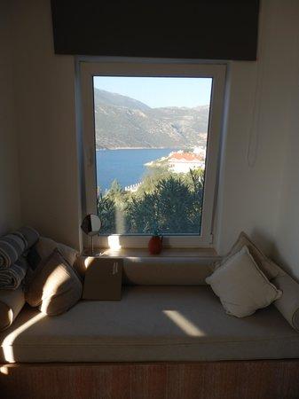 Deniz Feneri Lighthouse : Room 204 side view (in front of bed!)