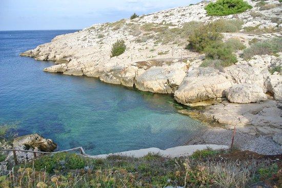 Villa d'Orient : plage samena à 2min à pied