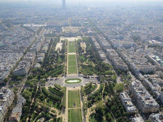 Hotel Duquesne Eiffel: Hotel Location from Top of Eiffel Tower