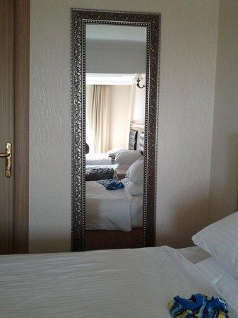 Marmaray Hotel: 9