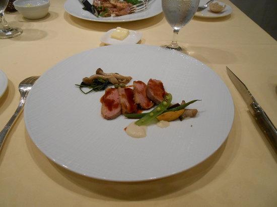 La Cachette : メインのシャラン産鴨肉