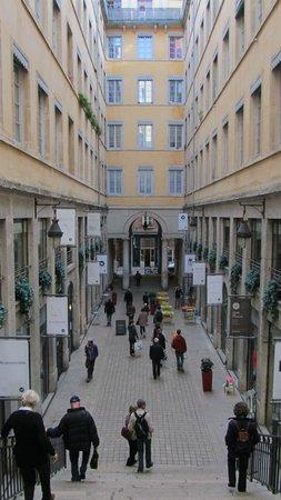 Traboules du Vieux Lyon: Traboules de la croix rousse