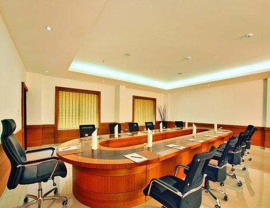Hotel Dewland: board room