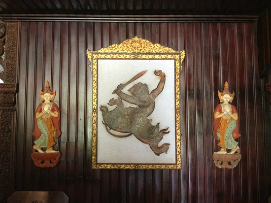 HanumanAlaya Boutique Residence: Upstairs sitting area