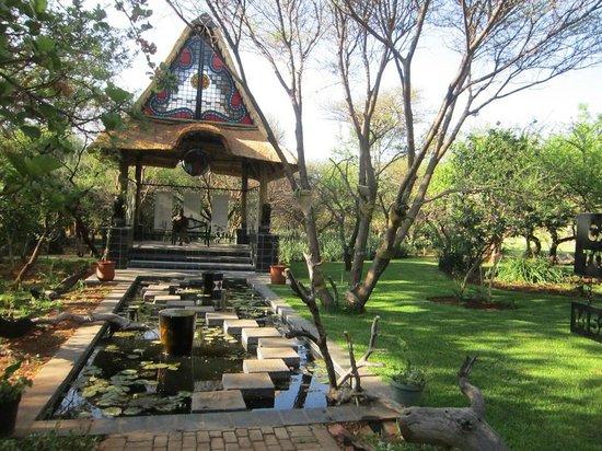 Kedar Heritage Lodge, Conference Center & Spa: Gardens