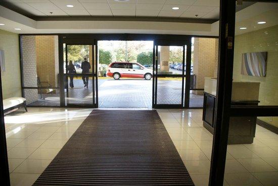 Huntsville Marriott at the Space & Rocket Center: New Entrance
