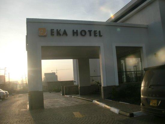 Eka Hotel Nairobi: Вход в отель