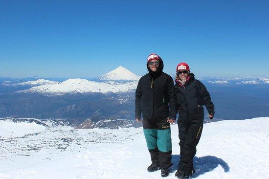 Aguaventura Expediciones Day Tours: Vue du sommet du volcan Villarica