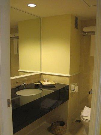 Le Siam Hôtel: Blick ins Badezimmer