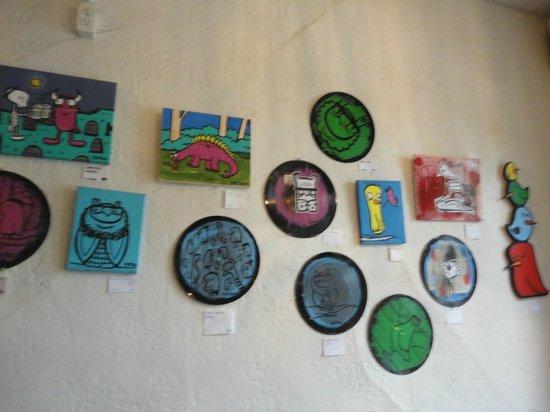 City Hostel Seattle : The lobby art