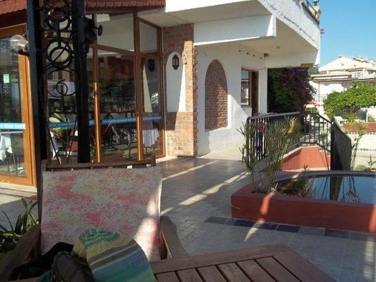 Hotel Letoon: Pool area