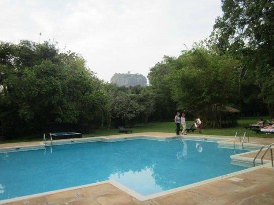Sigiriya Village Hotel : Sigiriya rock from pool side