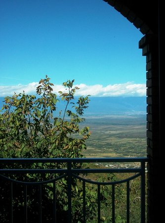David Zandarashvili's Guesthouse: View outside our private balcony !