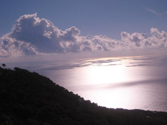 Hotel Gatto Bianco : Monte solaro. (not from the hotel) Just a noce picture of Capri.