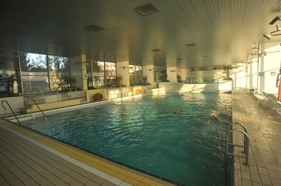 Grand Hotel Bernardin : la piscina grande