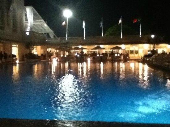 Belmond Copacabana Palace: Foto da área da piscina
