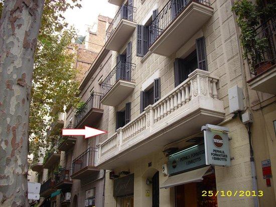 Eric Vökel Sagrada Familia Suites : Balcone su Carrer Industria