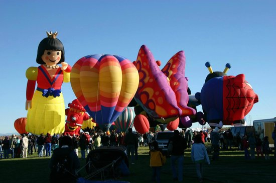 BEST WESTERN PLUS Executive Suites: Balloon Fiesta Trip 2013-The Best Western was the perfect location to stay.