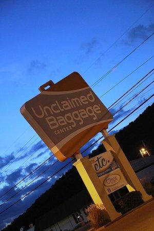 Unclaimed Baggage Center: Unclaimed Baggage