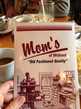 Mom's Restaurant : Homemade goodness at Mom's