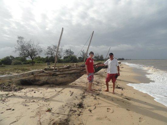 Saadani Safari Lodge: The beach
