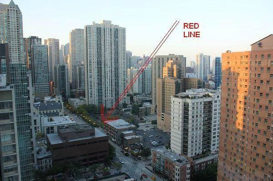 Sofitel Chicago Magnificent Mile: View from room with Red Line stop indicated