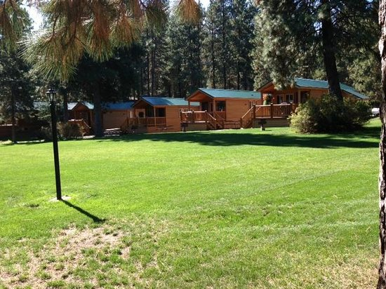Leavenworth / Pine Village KOA: Our Deluxe Cabins