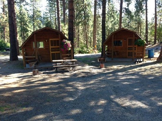 ‪‪Leavenworth / Pine Village KOA‬: Our Camping Cabins‬