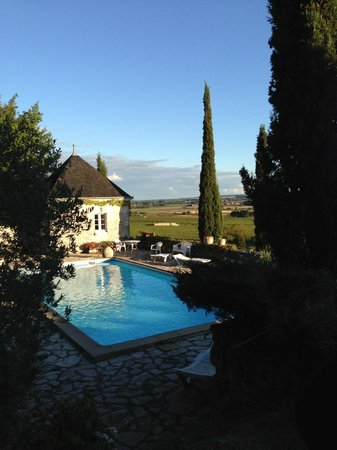 Domaine de Beausejour : View of the pool house