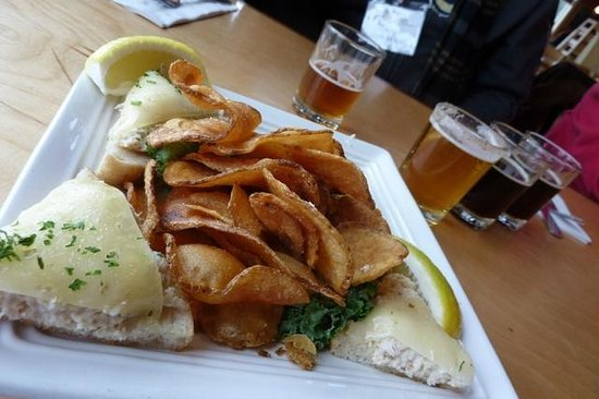 Maine Foodie Tours Kennebunkport: Our appetizer with the Beer
