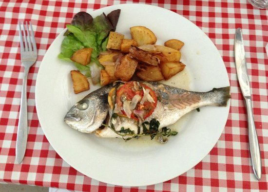 Bistrot Chez Meme : Lunch Menu of the Day - Fresh Bream, prepared perfectly!