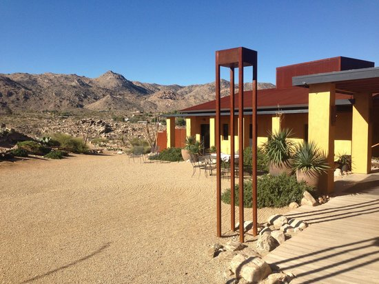 Sacred Sands : Desert delux