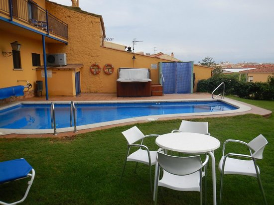 Hotel Sant Joan : Time to cool off