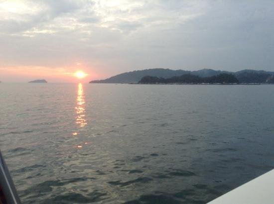 Gaya Island Resort : sunset