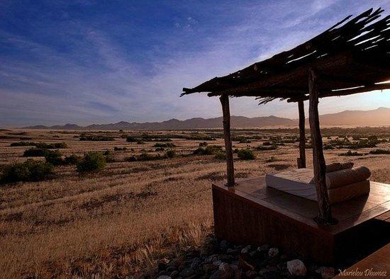 Okahirongo Elephant Lodge: Vue depuis la chambre