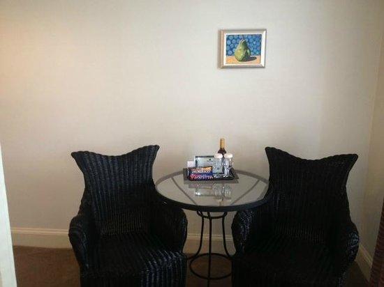 Hotel Lombardy: breakfast table