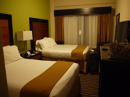 Holiday Inn Express & Suites Atlanta Downtown: Bedroom