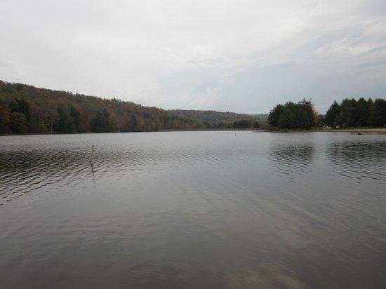 Chapman State Park: View of Chapman Lake