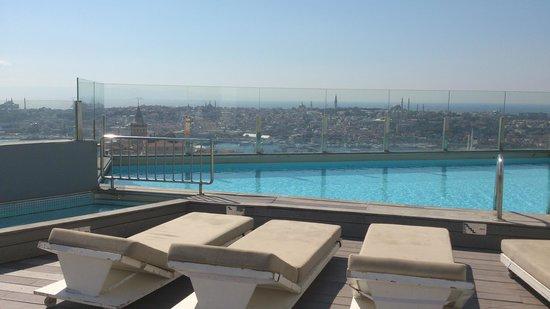 The Marmara Pera Hotel: Amazing views from terrace