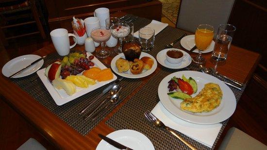 Hilton Cyprus : An exquisite breakfast