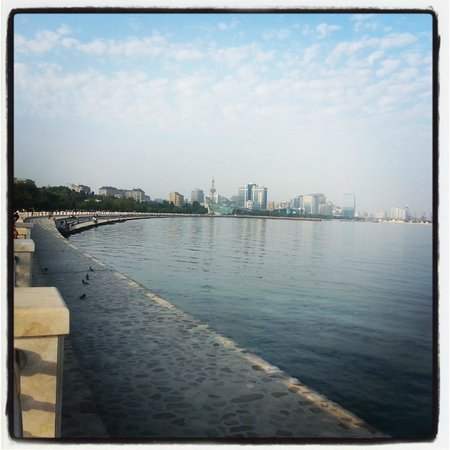 Baku, Azerbaijan: Бульвар