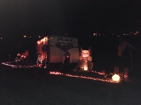 Walnut Hills Campground and RV Park: Halloween!